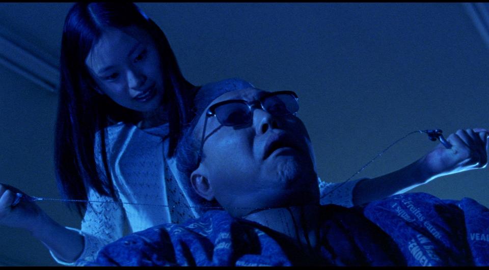 Кадр из фильма «Кинопроба» (реж. Такаси Миике, 1999)