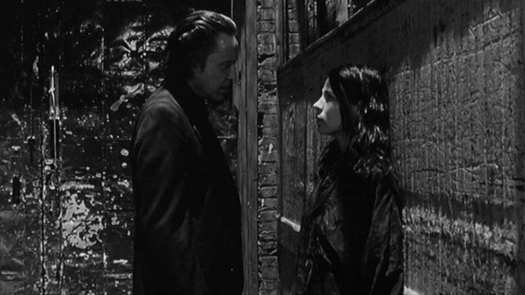 Кадр из фильма «Зависимость» (реж. Абель Феррара, 1995)