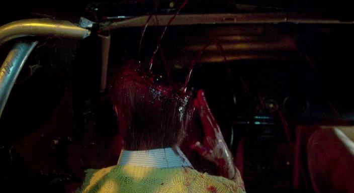 texas-chainsaw-massacre-scene1
