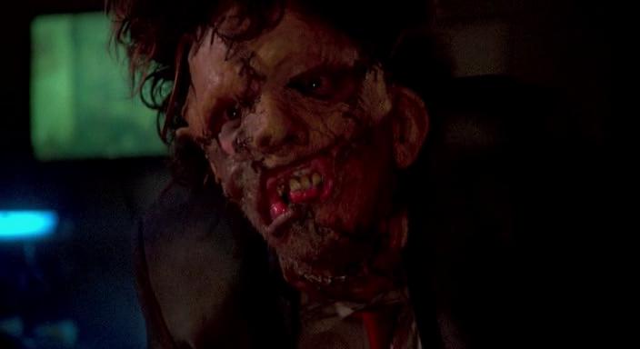 texas-chainsaw-massacre-scene2