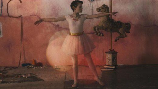 В сети появился короткометражный сайфай со звездой «Оно» Софией Лиллис