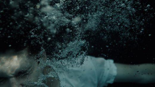 Состоялся онлайн-релиз сюрреалистичного режиссерского дебюта Кристен Стюарт