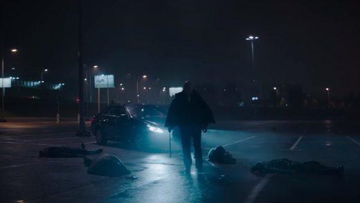 Апокалиптический таксист и кишки на лобовом стекле в российском коротком метре «Темная ночь»