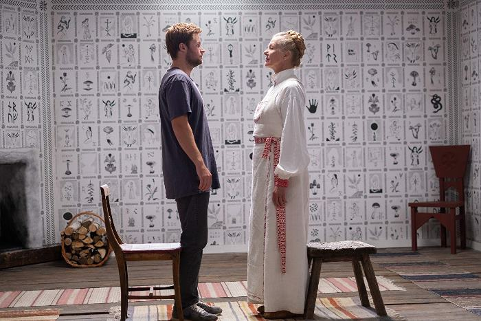 Солнцестояние (2019) - реж. Ари АстерСолнцестояние (2019) - реж. Ари Астер