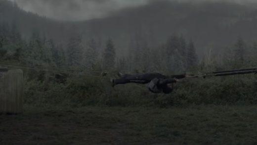 Netflix устраивает разборки на лесопилке в трейлере боевика «Земля и кровь»